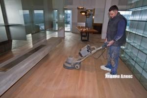 Строителни в обекти за монтаж на дървени настилки и облицовки